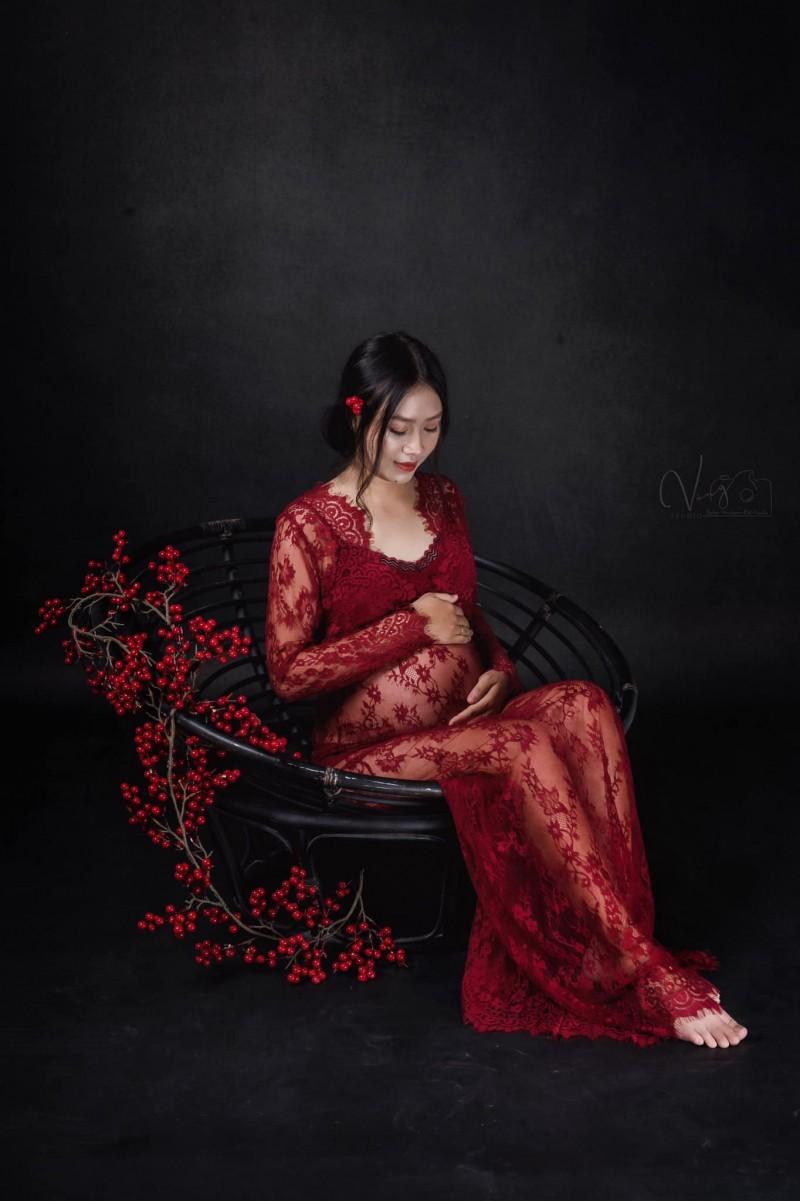Loi Nguyen (Vàng Studio) địa chỉ chụp ảnh bầu đẹp nhất Gia Lai