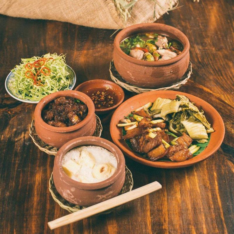 Nhà Hàng CƠM QUÊ nhà hàng ngon nhất tại TP. Pleiku, Gia Lai